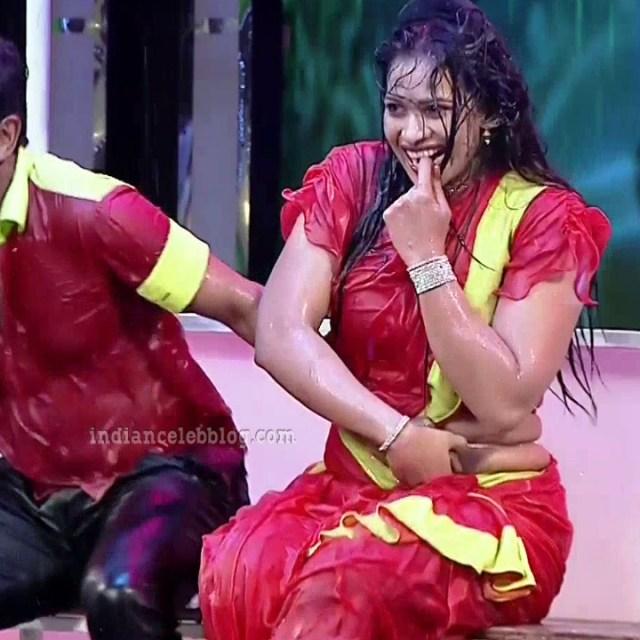 Bhavana Telugu TV anchor rangasthalam dance S1 6 hot pic