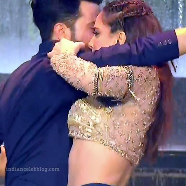 Shraddha arya zee rishtey awards hot dance s1 19 pics_phatch