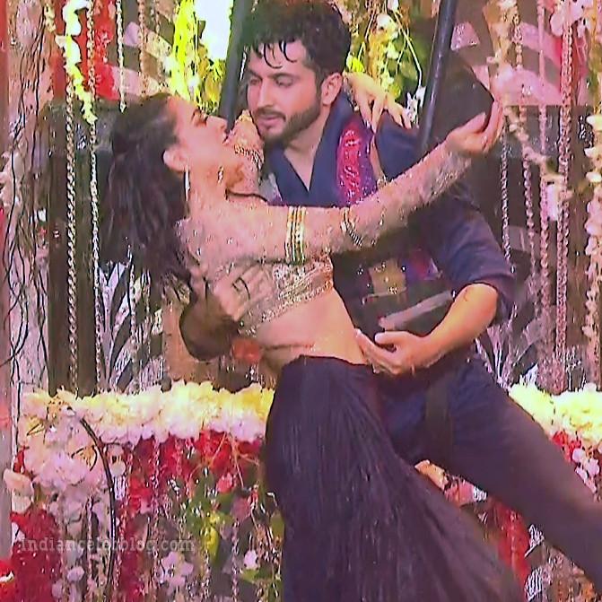 Shraddha arya zee rishtey awards hot dance s1 37 photo_phatch