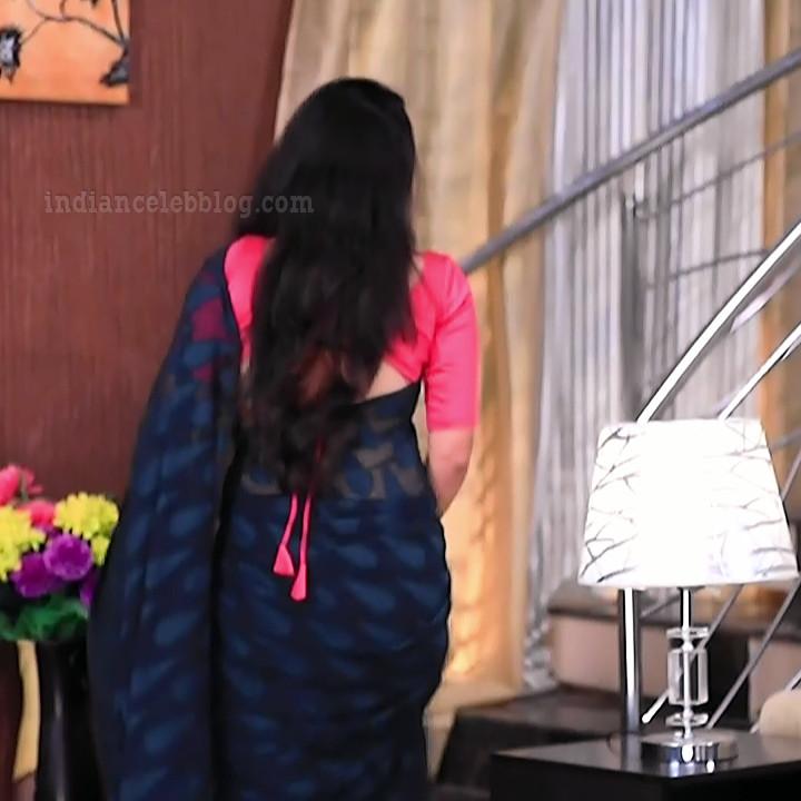 Supritha sathyanarayan kannada tv actress SeethaVS1 21 saree photo