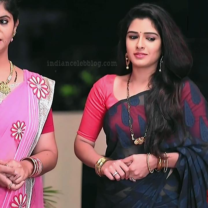 Supritha sathyanarayan kannada tv actress SeethaVS1 3 photo