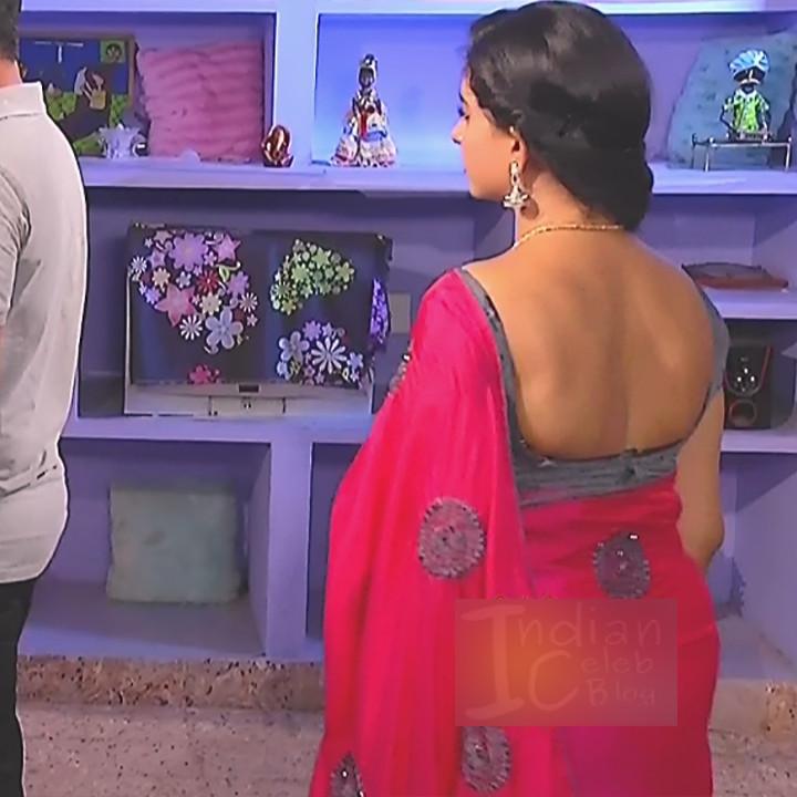 Divya ganesh tamil tv actress sumangali S6 3 saree pics