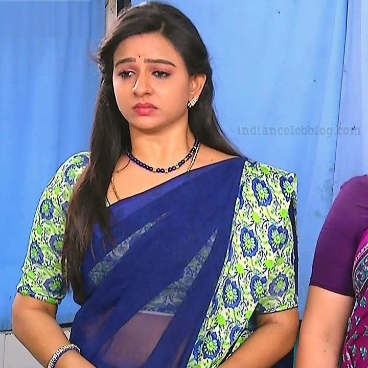 Divya ganesh tamil tv actress sumangali S6 4 saree pics