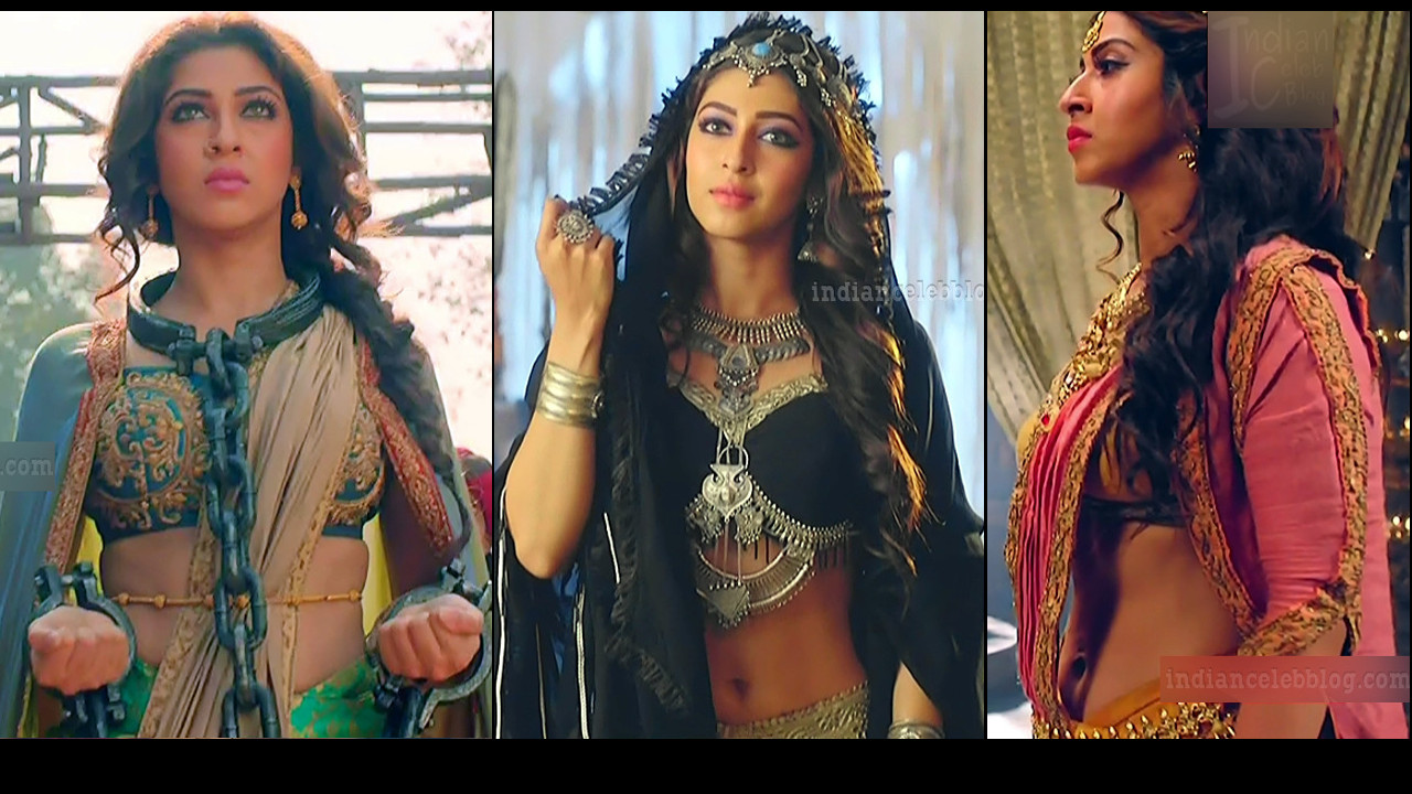 Sonarika Bhadoria Navel show Prithvi vallabh Caps