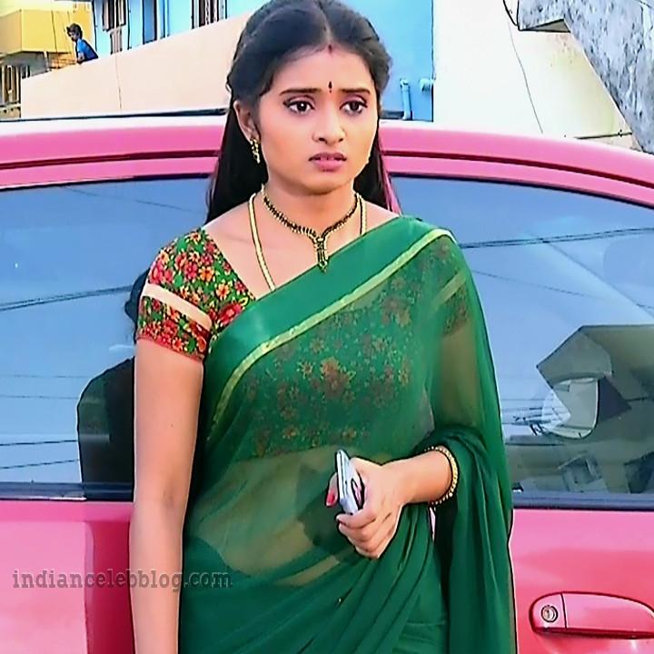 Varshini tamil tv actress sumanagal S2 5 saree photo