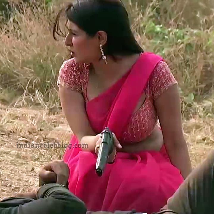 Shagun ajmani Jamai raja serial S1 14 hot saree pic