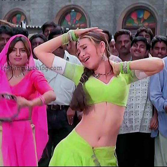 Karishma kapoor Jaanwar hindi movie S1 23 hot song caps –  indiancelebblog.com