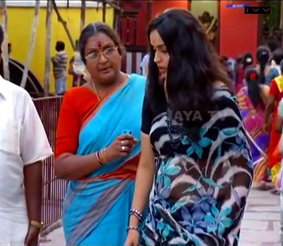 Kausalya_Tamil TV Actress-AKKA_8_Saree Navel