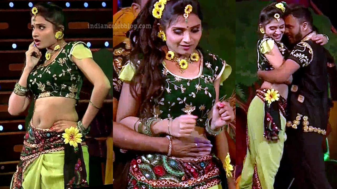 Varshini arza hot navel from telugu reality dance show