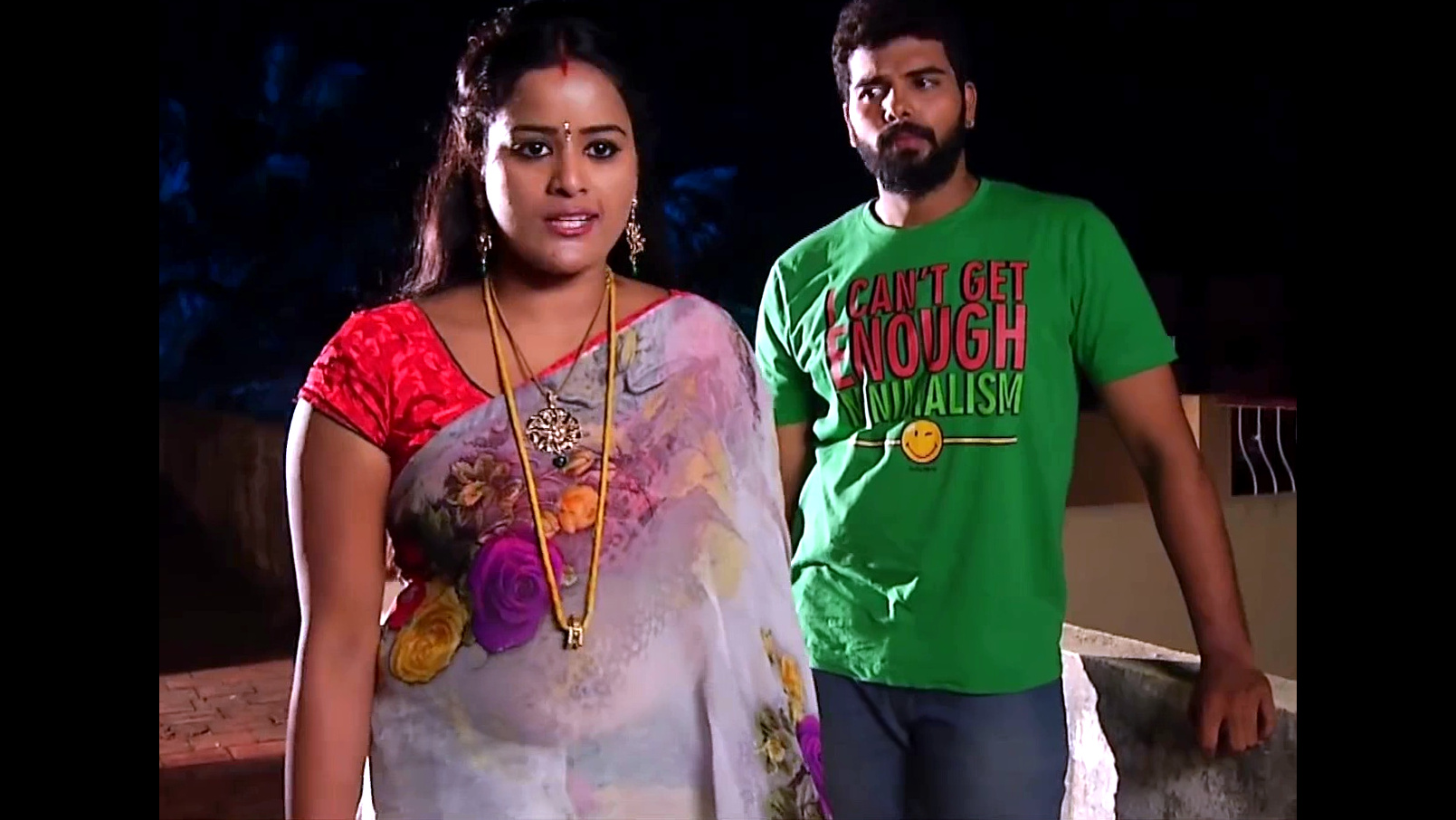 Priyanka tamil vamsam serial actress hot saree Video edit