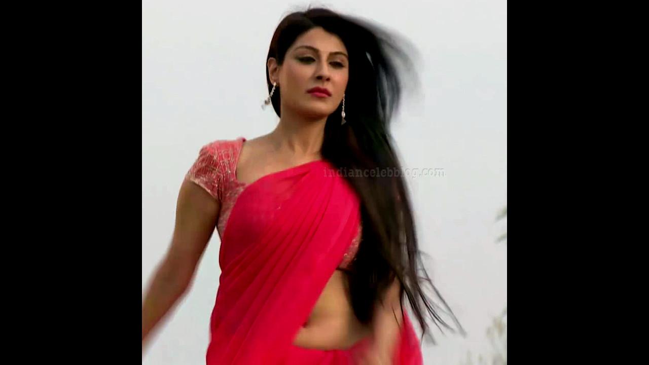 Shagun ajmani tv serial hot low waist saree navel Video