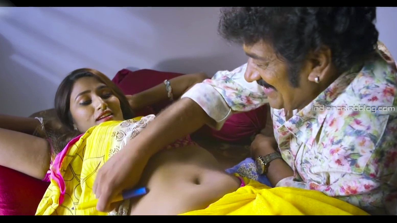 Tollywood actress hot saree navel cleavage scene  - Video