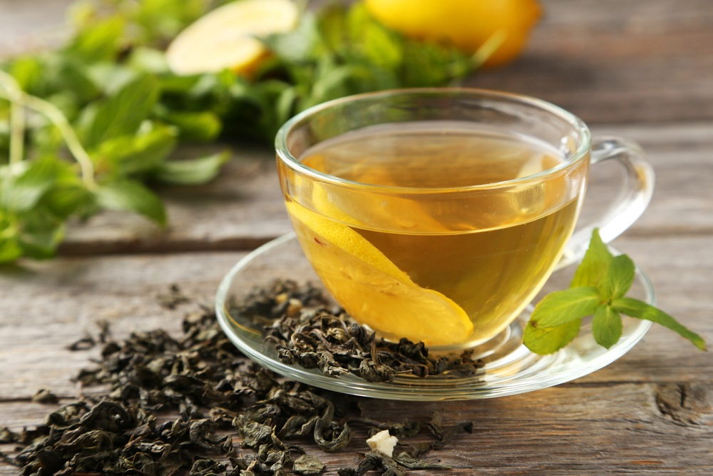 Drink tea to prevent glaucoma