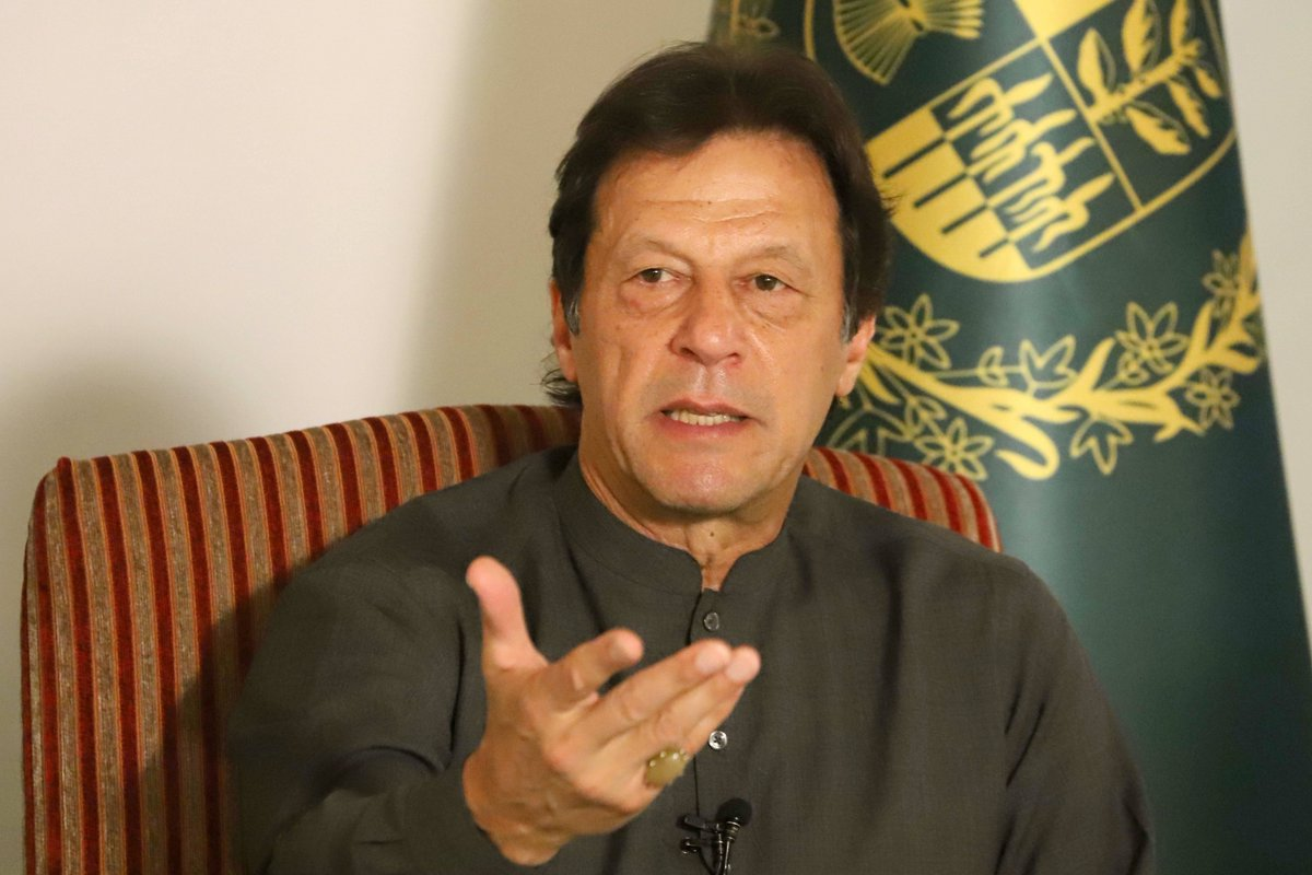 Int'l community failed in acting according to expectations on Kashmir: PM Khan