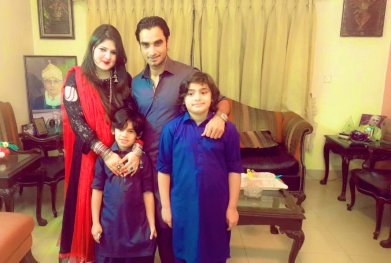 Imran nazir with his family