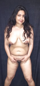 Naughty Delhi Wife Nude XXX Boobs And Pussy Pictures