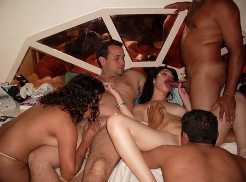 Desi Swingers Doing Orgy With Videshi Tourists Very Hardcore Pics