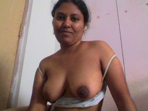 Horny Indian Aunty Nude In Bathroom Posing Big Sexy Boobs