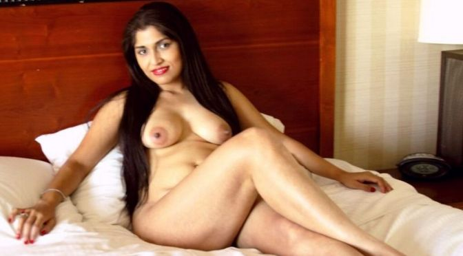 Manager Wife Nude In Star Hotel Enjoying With Colleague
