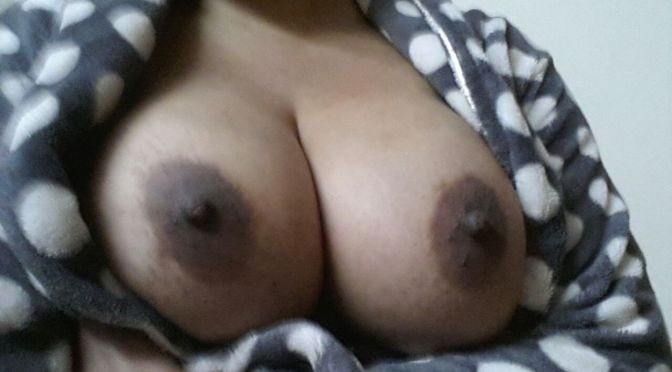 Horny Indian Aunty Taking Selfies Of Very Huge Boobs