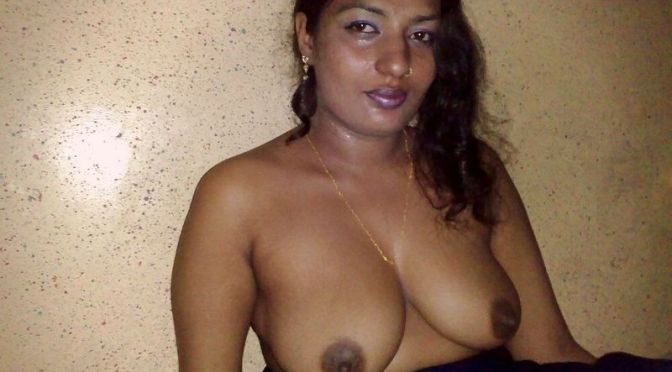 Beautiful Indian Wife Naked posing Sexy Boobs and Pussy