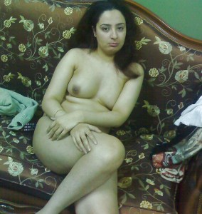 nude indian wife