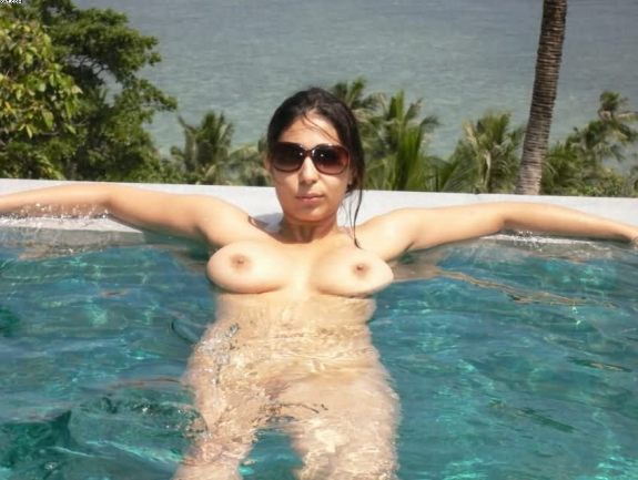 hot indian wife nude in open pool during business trip 1