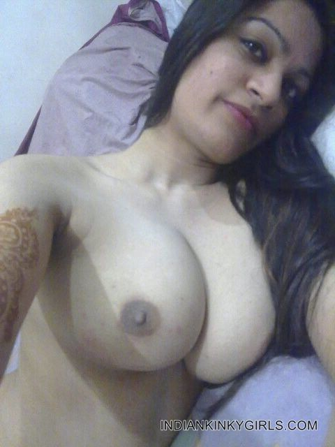 recently engaged indian beautiful girl nude selfies leaked 004
