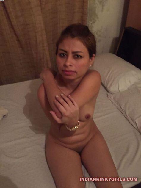 beautiful desi college girl nude waiting for sex 003