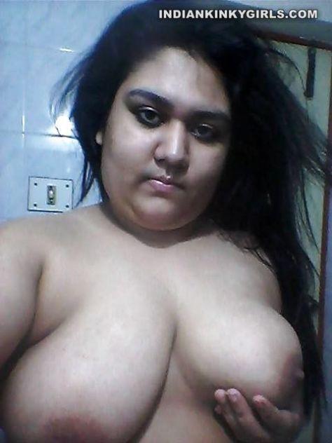 huge boobs naked selfies 002