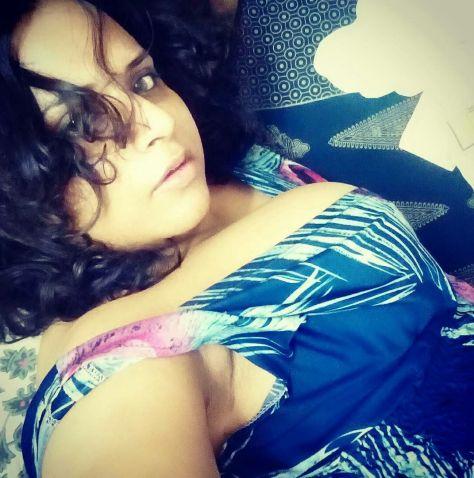 naughty bangla bhabhi sexy selfies with big mamme 005