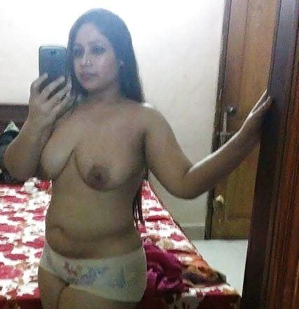 beautiful naked selfies of bangalore it girl amazing boobs 001