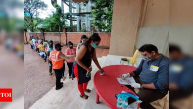 Photo of HC orders fresh NEET for two medical courses aspirants after mix-up by invigilators