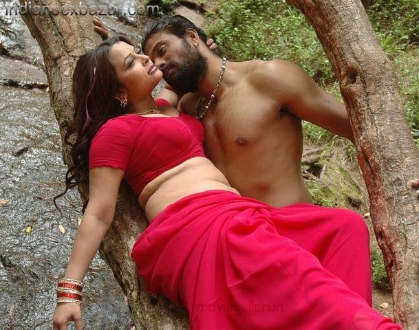 thappu_movie_hot_stills_photos_04