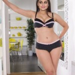 Parineeti Chopra XXX Nude Images Pussy Ass Fucking Pics परिणीति चोपड़ा Parineeti Chopra Nude Fucking And Blowjob अंतरंग सीन्स Bollywood Actresses Nude Porn fucking Images