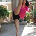 Indian house wife nude images indian bhabhi nude in Bikini 10