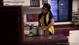 Indian Sexy and very Hot housewife bhabhi Hot masala pictures Real Life Hot Figures with Curves Sexy Desi Spicy Aunties and Bhabhis Beautiful Sexy Indian Housewife and Bhabhi Body Pictures (24)