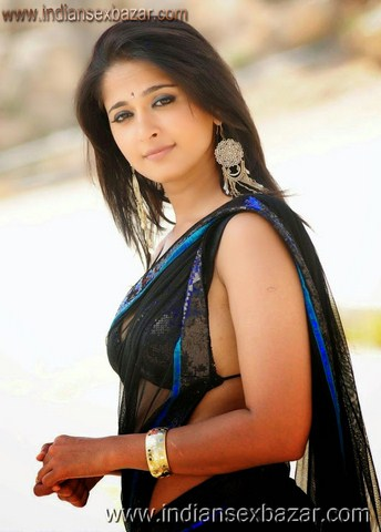 Sexy Indian girl in Blouse showing Big Boobs and Cleavage desi boobs pics hot boobs images Hot Indian Girls photos (53)