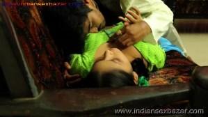 हरामी साहूकार उधार के बदले बीवी का जिस्म नोचते हुए नग्न फोटो indian porn pic बलात्कार के फोटो (4)