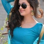 Real Life Indian Hot Girl Photo Real indian girl beauty sexy indian girls images free download (777)