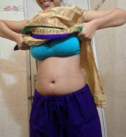Desi Delhi College girl exposed for lover XXX Full HD Pic Girl Nude Photo Captured By Boyfriend (7)
