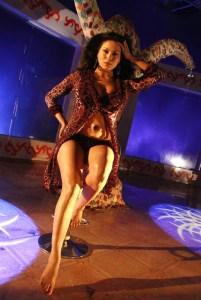 Pakistani Actress Veena Malik Nude Naked XXX Pussy Ass Boobs Sex Photos (8)