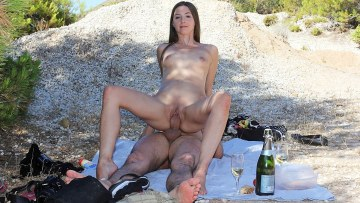 Hd Porn Video Doing Sex For Money Fuck In The Open Air