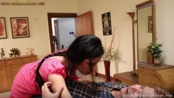 माँ को नंगी होकर दादाजी से बैडरूम में चुदवाते हुए देखा हिन्दी सेक्स स्टोरी