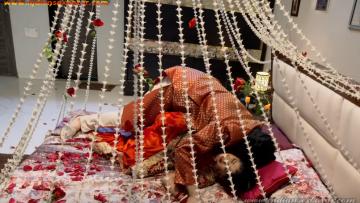 Indian Full HD Porn सुहागरात पर पहली बार चुदाई कैसे करते है – लड़की या पत्नी के साथ सेक्स कैसे करते है