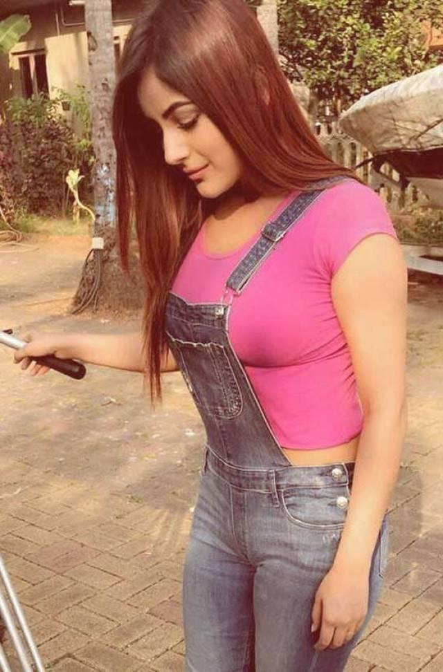 Bigg Boss 13 Contestant Shehnaaz Gill Nude Fucking XXX HD Porn Pic Punjabi Actress Sex Photos 3