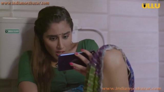 Khul Ja Sim Sim मंगेतर मोबाइल में पोर्न फिल्म देख चूत में ऊँगली करते हुए इंडियन हिन्दी पोर्न फिल्म 4