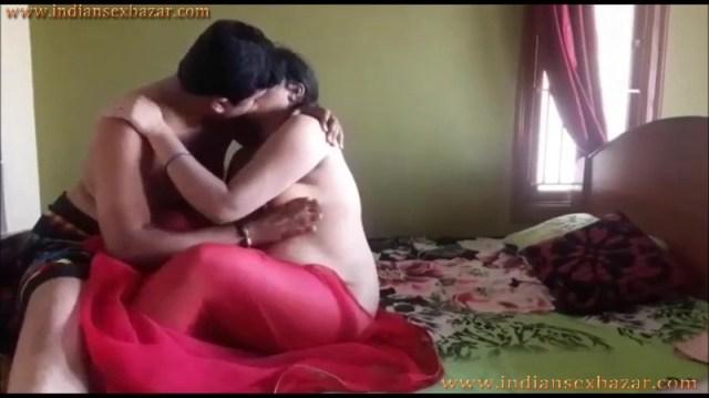 छोटी बहन के पति के साथ नाजायज़ सेक्स सम्बन्ध Indian Porn Video In Hindi 9