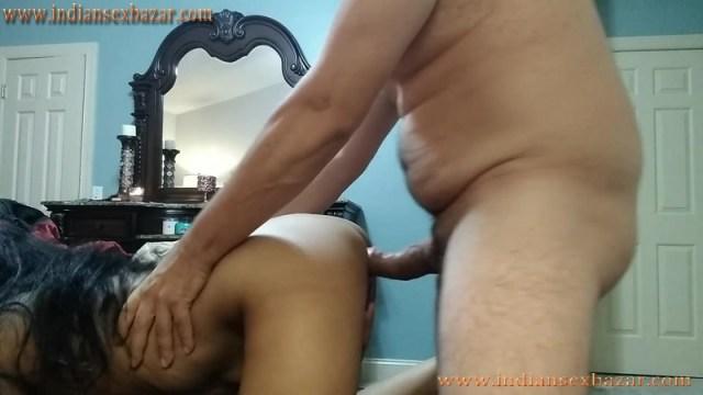 सेक्सी चुदक्कड़ चाची ने हस्तमैथुन करते पकड़ा XXX Sex Story In Hindi Doggy Style Ass Fucking