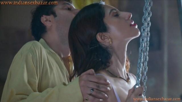 गोदाम में लेजाकर चोदा मारवाड़ी भाभी को बनिए ने Hindi Sex Story 4